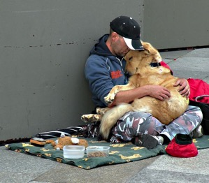 Homeless People and their Dogs Unconditional Love 3